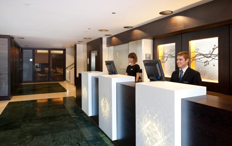 El Check-in y Check-out de un hotel