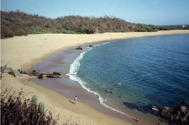 Paz en las Playas de Huatulco