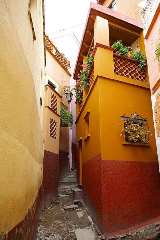 Callejon del Beso, Guanajuato