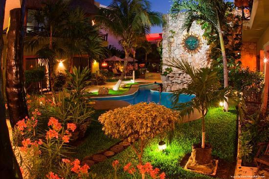 hotel aventura mexicana gay friendly playa del carmen