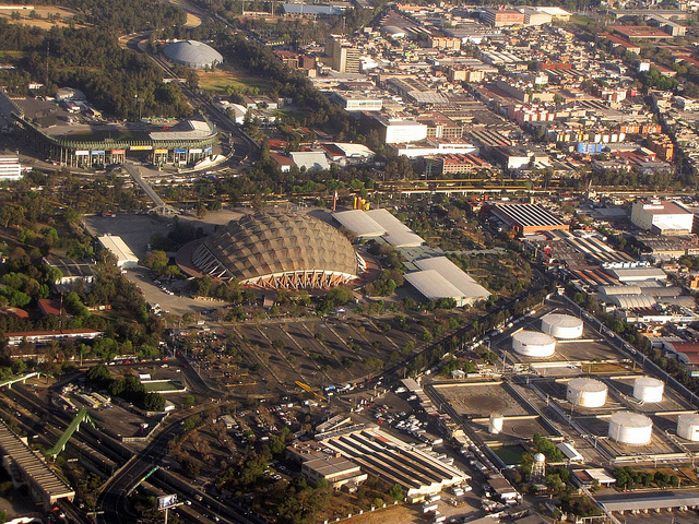 ubicacion palacio de los deportes