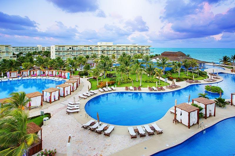 Hoteles Azul by Karisma