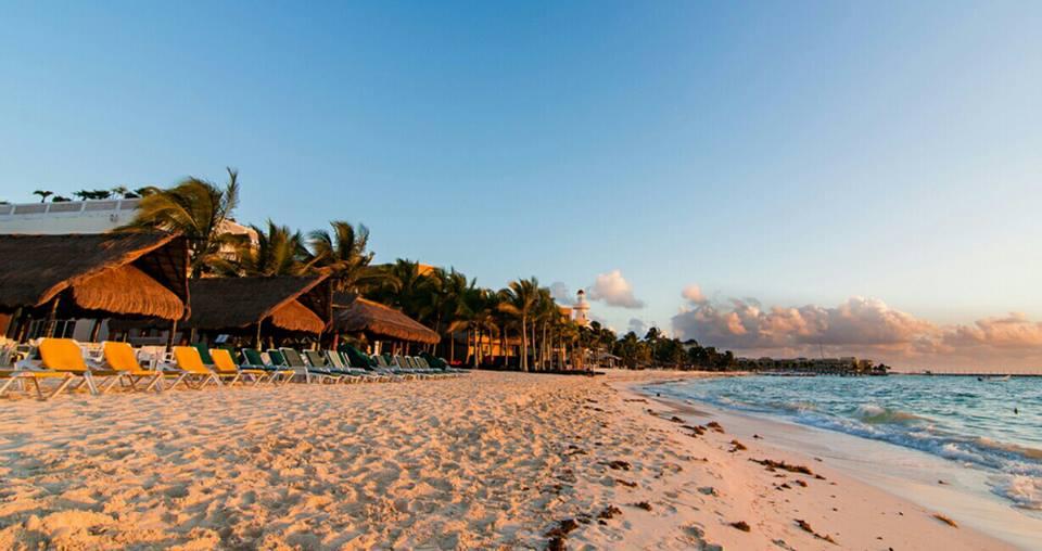 ¿Viajar a Cancún o la Riviera Maya en Temporada de Huracanes?