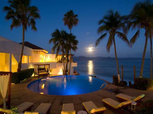 galeria-Vista-Nocturna-Punta-Serena-Villas-amp-Spa-Tenacatita-1362846802