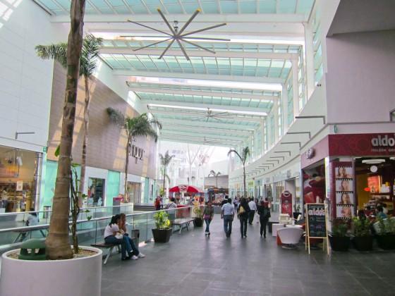 plaza malecon americas