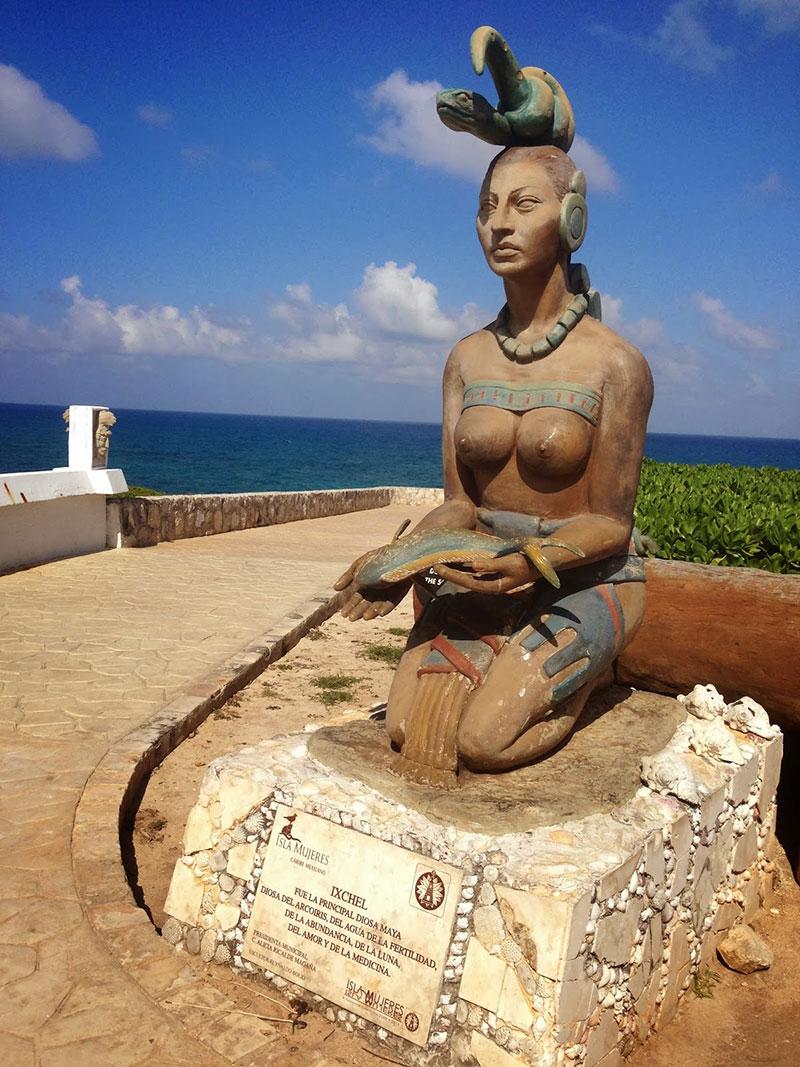 isla mujeres diosa ixchel