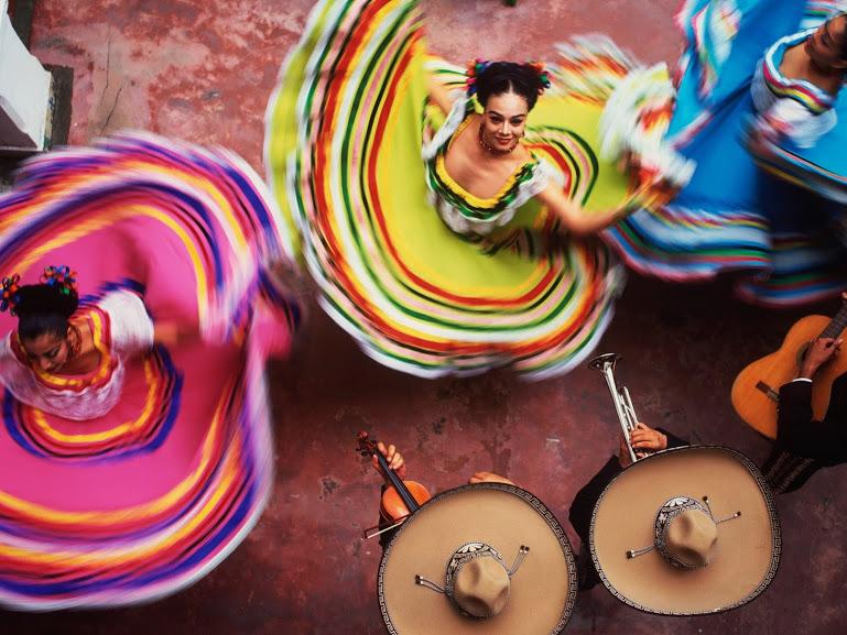 26af8328b 7 Espectaculares Trajes y Bailes Típicos de México
