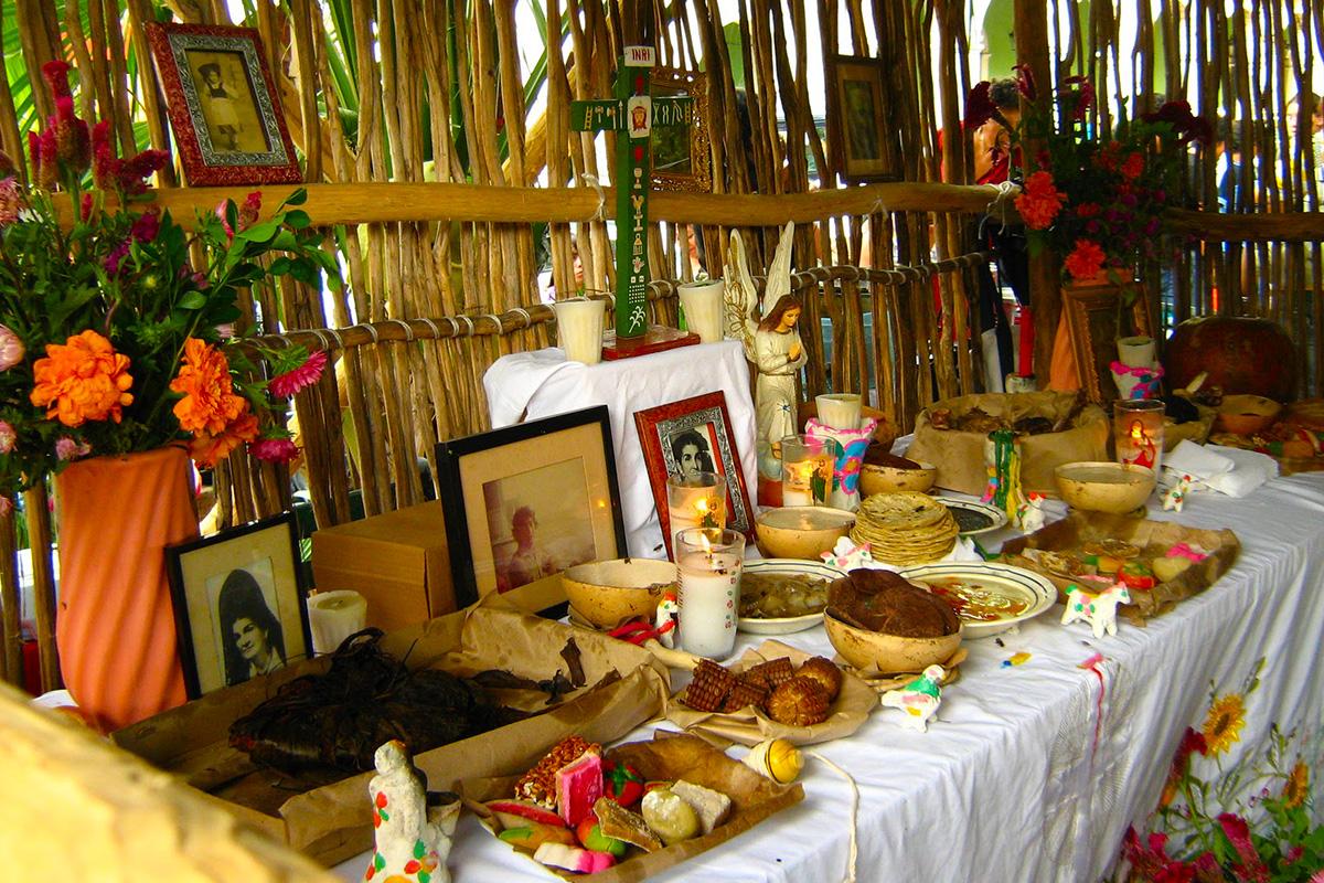 El Verdadero Significado Del Altar Del Día De Muertos