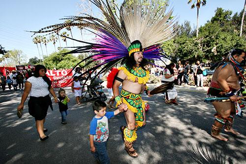 Danzantes Aztecas
