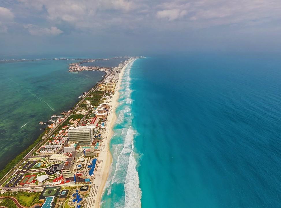 Zona Hotelera Cancún KM 10 15