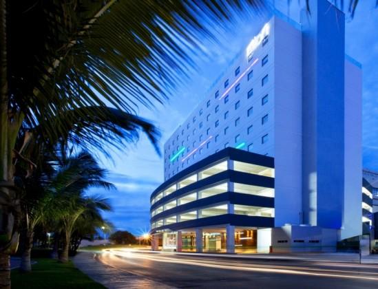 Aloft Cancun Hotel de Negocios