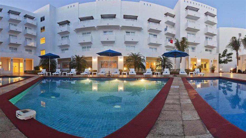 Hoteles de Negocios Holiday Inn Cancun Arenas