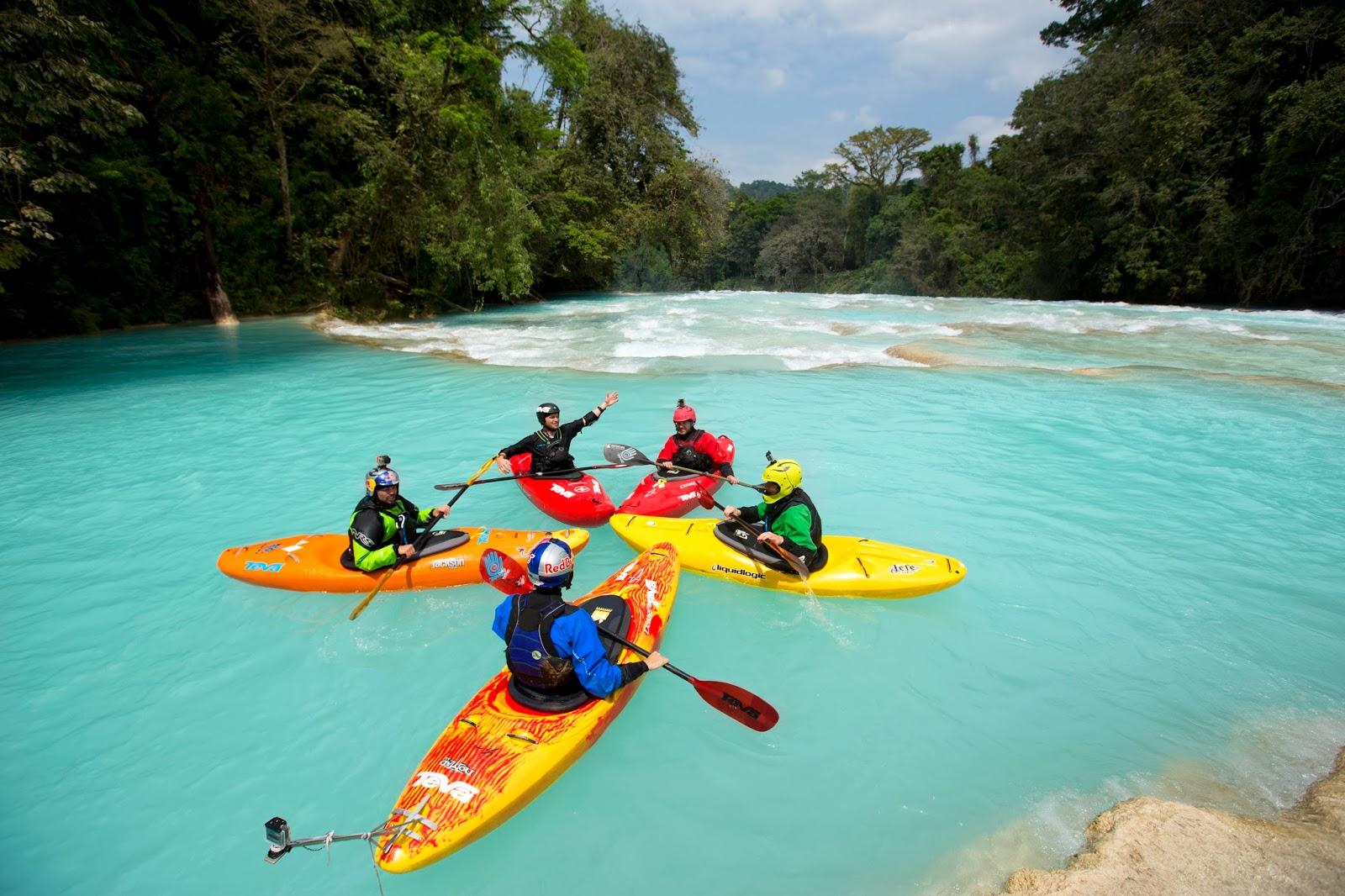 agua azul kayak