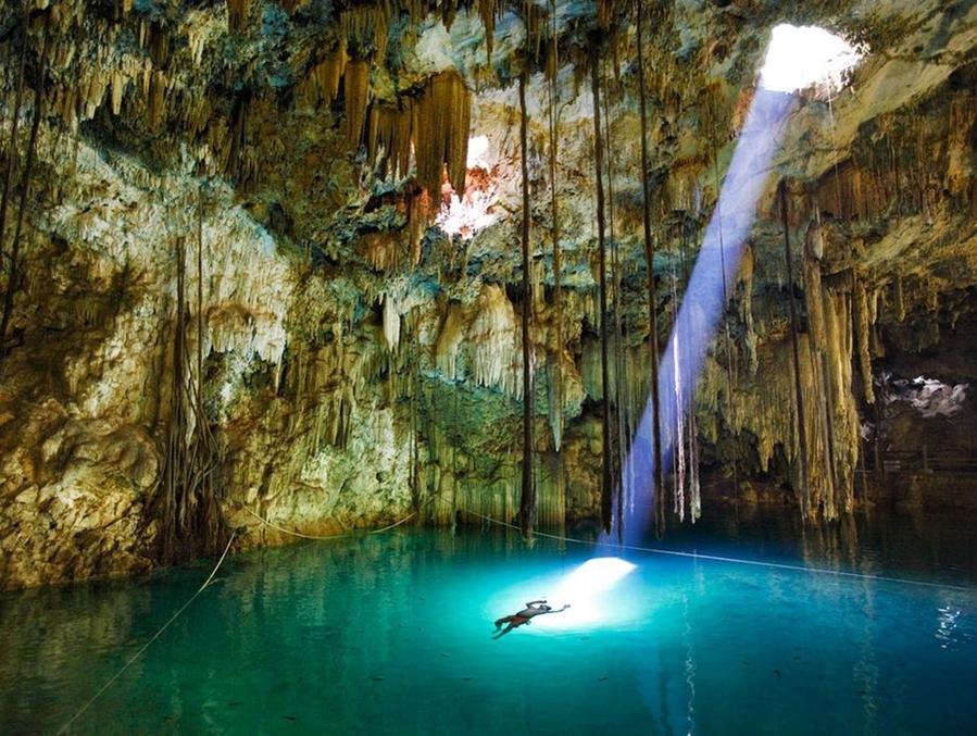 Cenote Xkeken o Dzinup en Yucatan