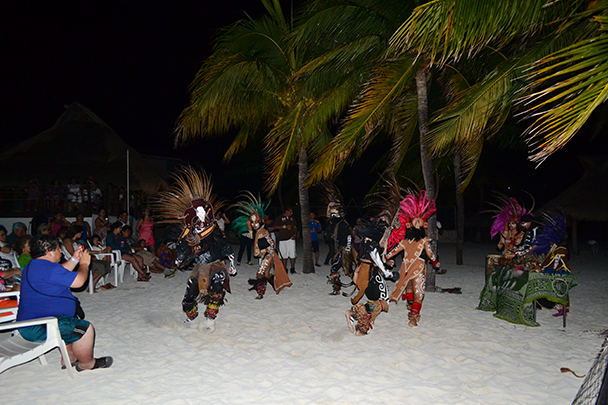 show-maya-aquamarina