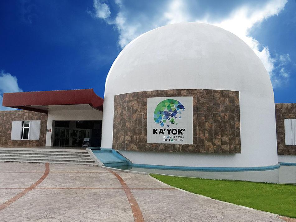KaYok Planetario de Cancun.