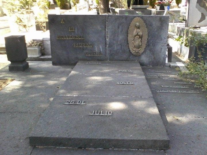 Jorge soler artist related keywords jorge soler artist for Cementerio jardin