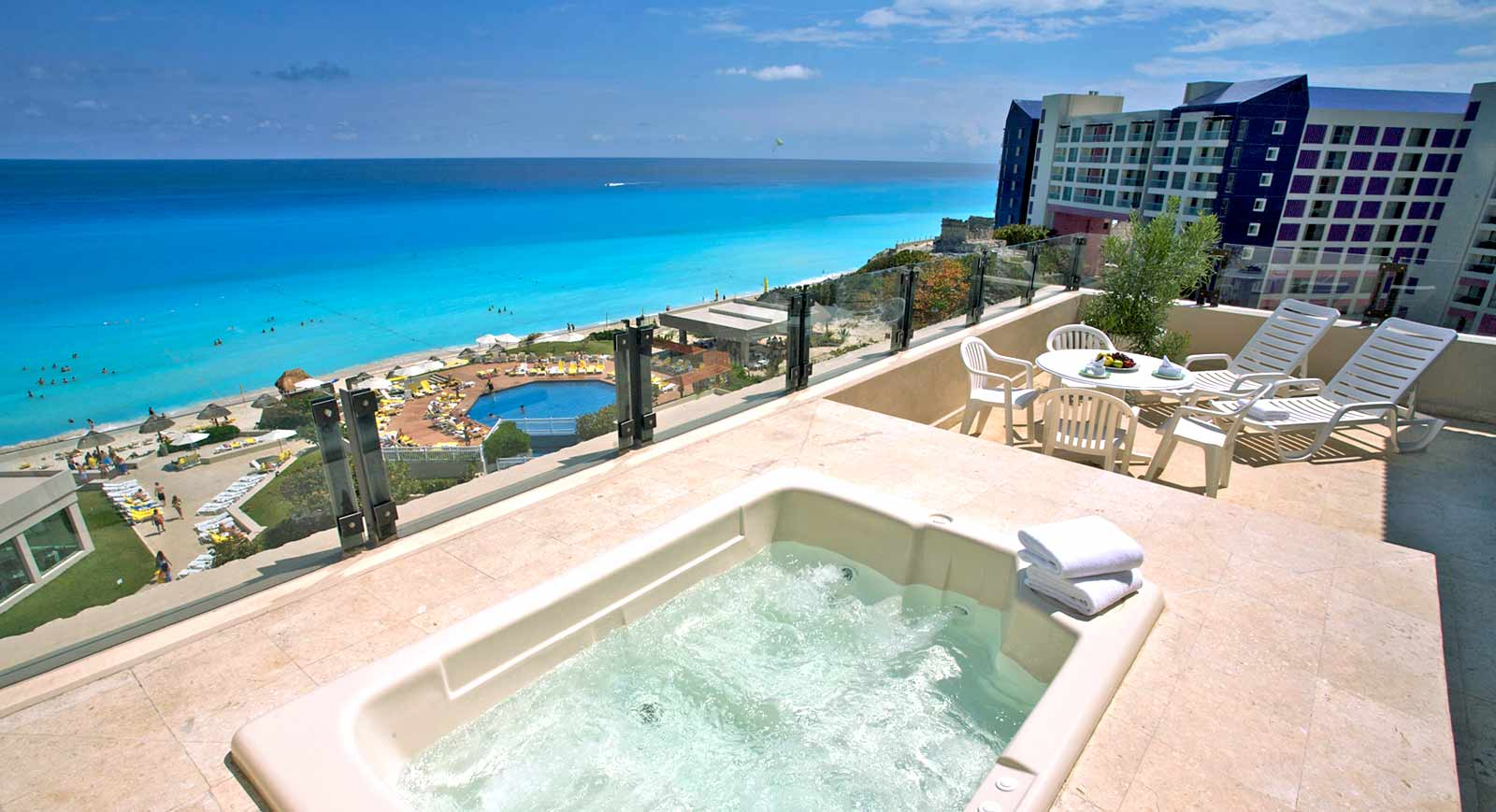 10 hoteles baratos en canc n y adem s todo incluido for Hoteles para familias en la playa