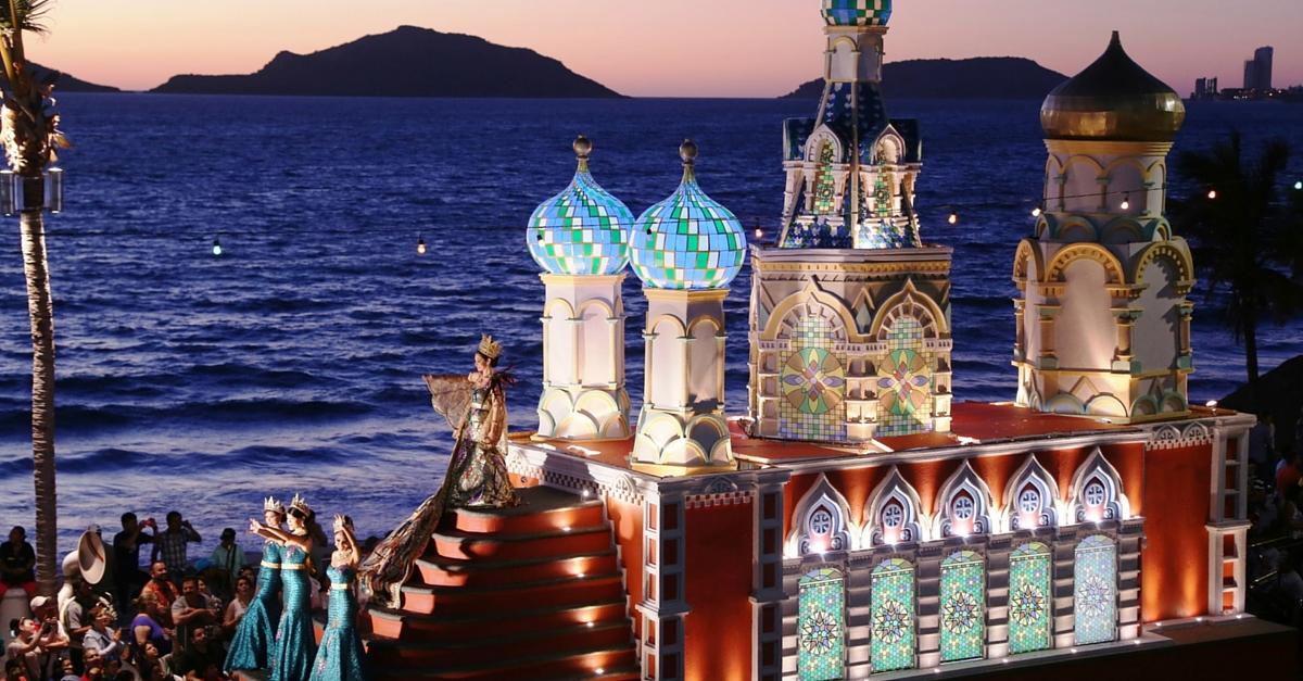 El Carnaval de Mazatlán ¡Fiesta y Música junto al Mar!