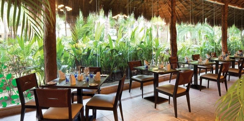 Dorado Seaside Suites, hoteles en la Riviera Maya