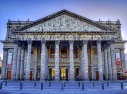 Lo que debes saber de los 8 teatros de México más importantes