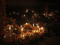 Día de Muertos en Pátzcuaro - Una Noche a la Memoria de la Vida, Michoacan