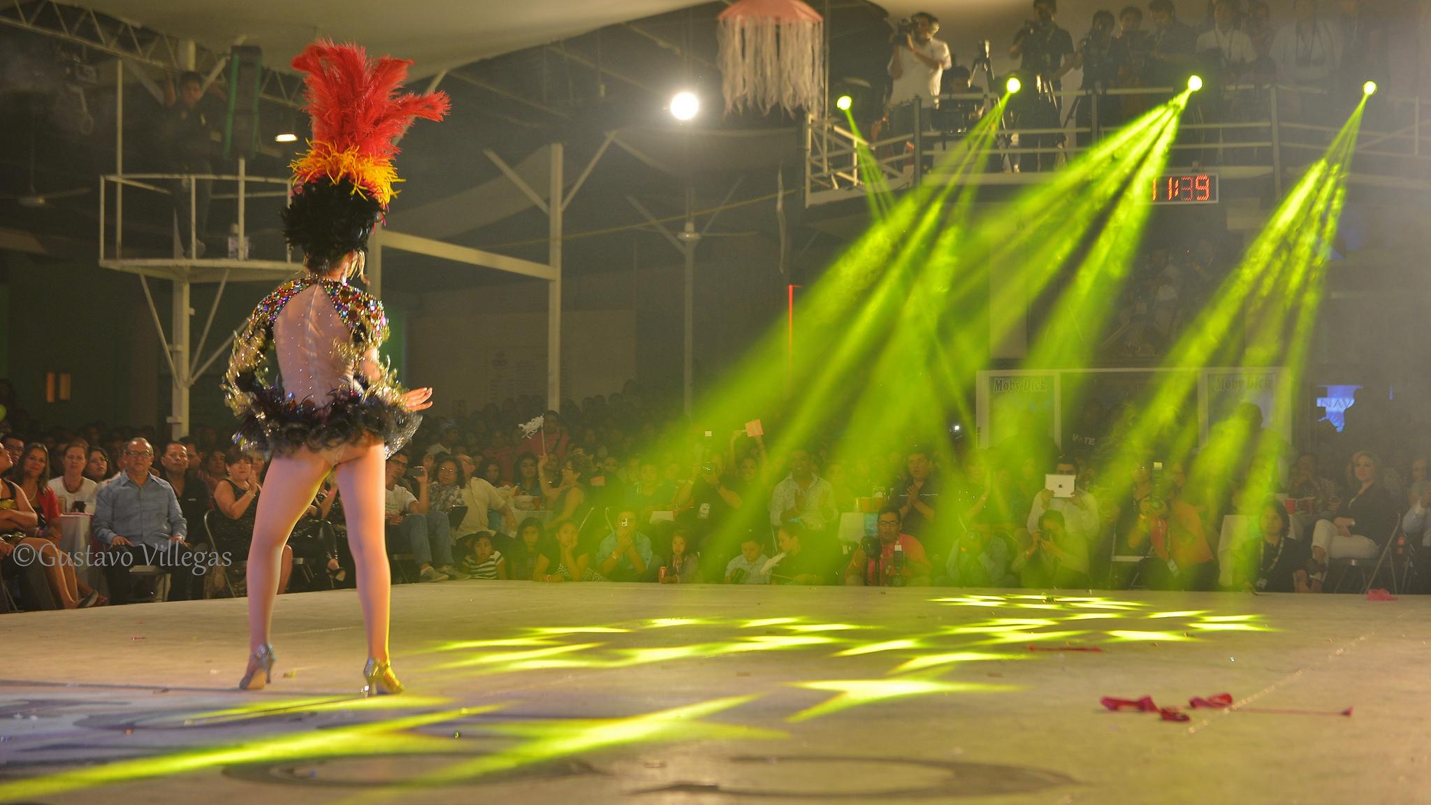 Baile-en-Carnaval-Cozumel