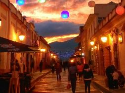 Visita los Pueblos Mágicos de México ¡Te harán Feliz!