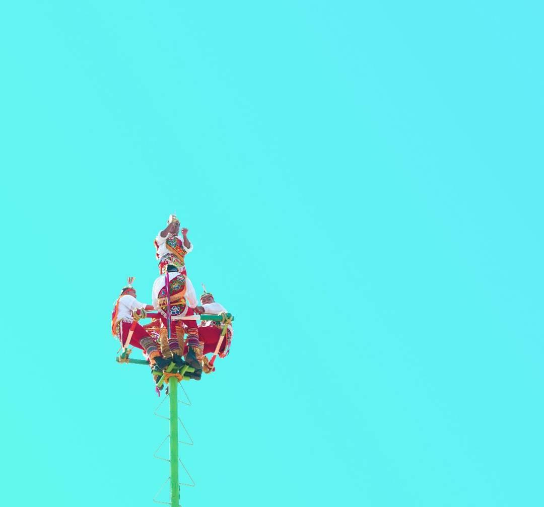 Voladores de Papantla - Razones para Visitar Pueblo Magico