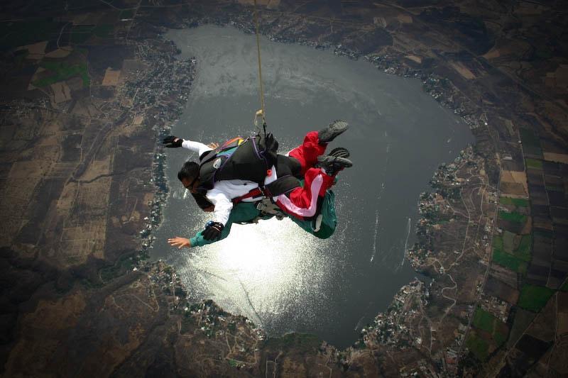 Salto en Paracaidas en Tequesquitengo