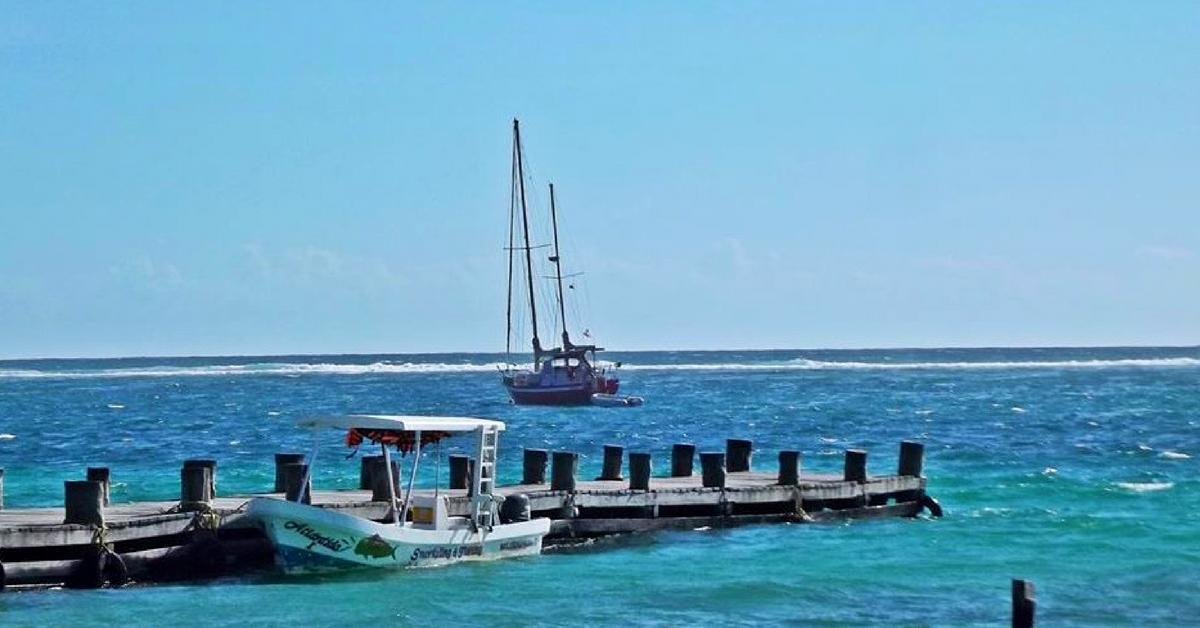 Puerto Morelos, un Pueblo con Encanto en el Caribe Mexicano