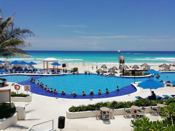 Christmas In Cancun.December Holiday 2018 When Are They Now And Where To Go